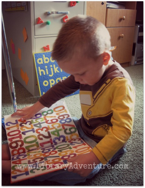 1, 2, 3 to the Zoo by Eric Carle (a review)
